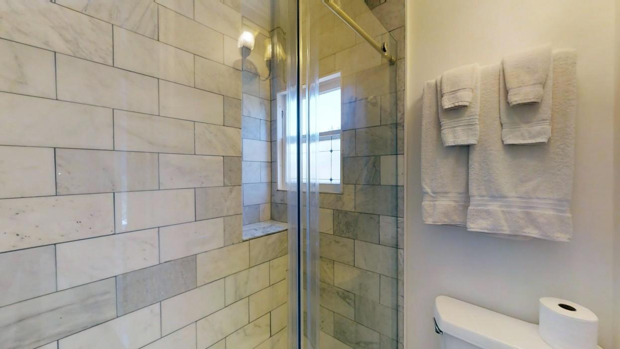 Cedar Gables Inn Standard Loft - Cedar Gables Inn Standard Loft Bathroom
