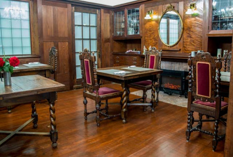 Cedar Gables Inn Interior - Dining Interior