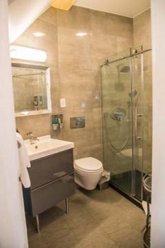 Cedar Gables Inn Edwards Study - Bathroom