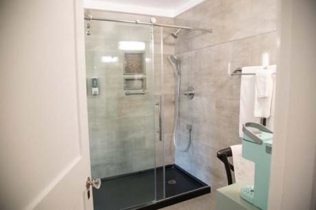 Cedar Gables Inn Kathleens Chamber - Walk In Shower