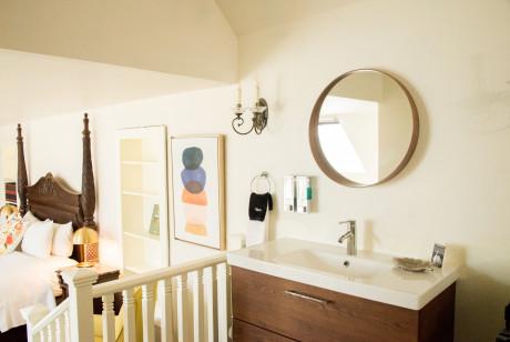 Cedar Gables Inn The Gables Suite - Vanity/Sink