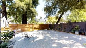 Cedar Gables Inn Courtyard - Cedar Gables Inn Courtyard 3