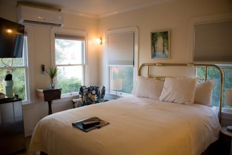 Cedar Gables Inn Standard Loft - Bedroom View
